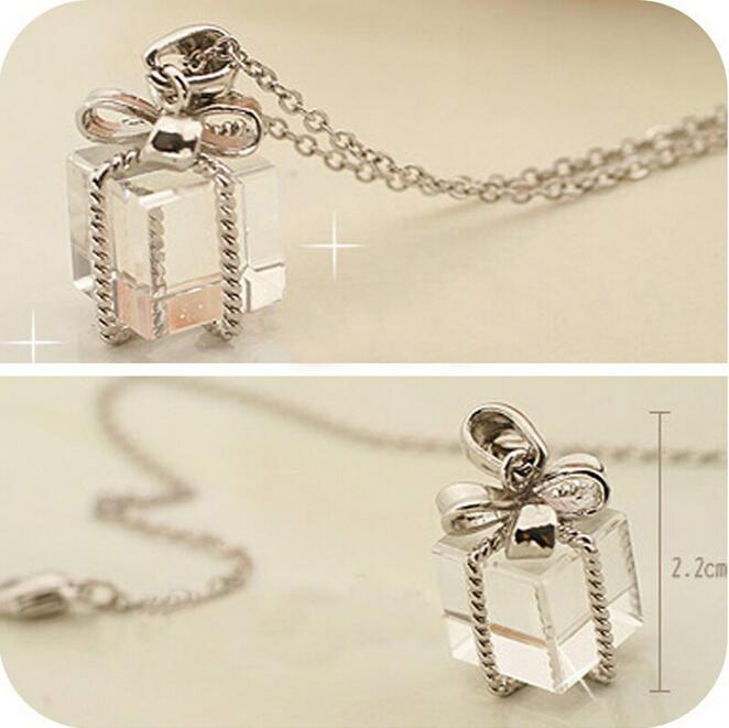 New Fashion Transparent Small Gift Box Bow Packs Long Chain Pretty Necklace Sweater Clear Pendant Jewelry Gift(China (Mainland))