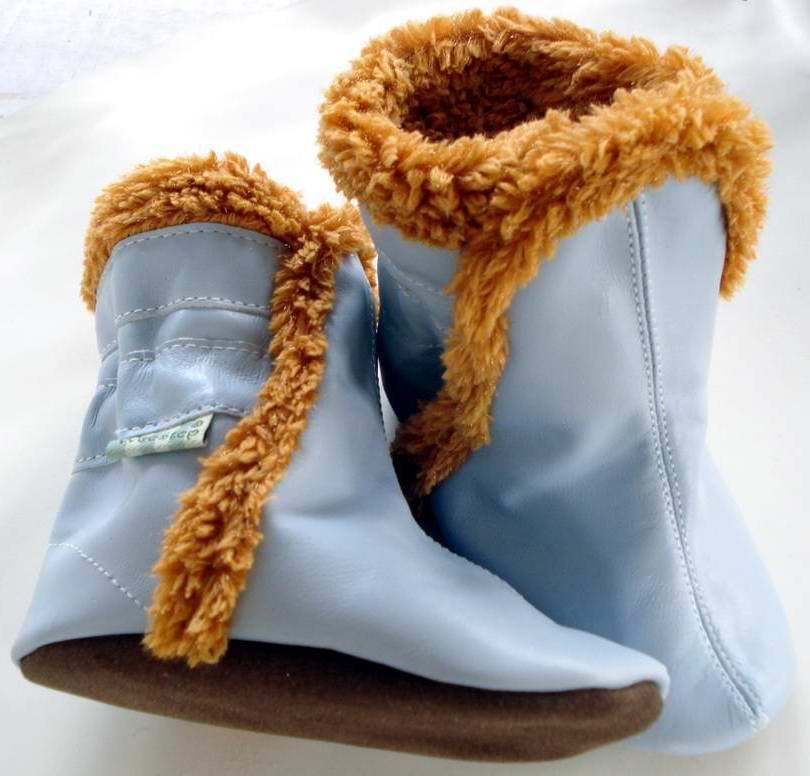 Baby shoes 2013 autumn and winter baby boots soft sole toddler shoes sheepskin boots children 1061(China (Mainland))