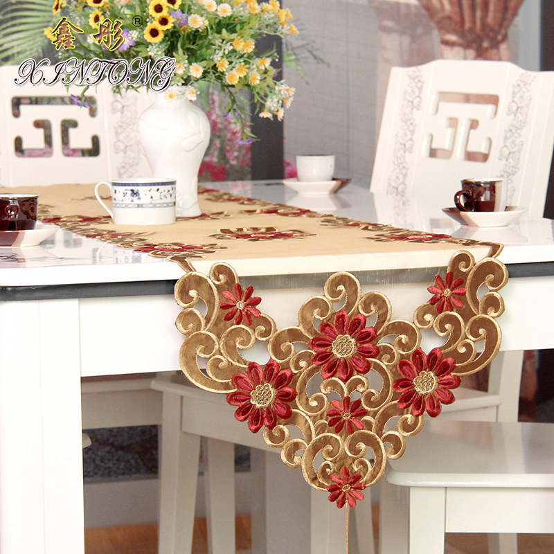 XT European Pastoral luxury table runner embroidery cloth art bed flag TV cabinet cloth cover special cup mats home textile gift(China (Mainland))