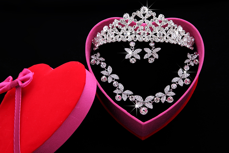 Wedding Accessories Sets Silver Plated African Bling Cheap Crown Bridal Accessories Online 2017 Cappelli Da Sposa