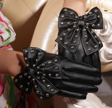 2015 New Arrival Winter Motorcycle Lady Rivets Butterfly Bow Soft PU Leather Gloves For Women Black Red Free Size Cai0231(China (Mainland))