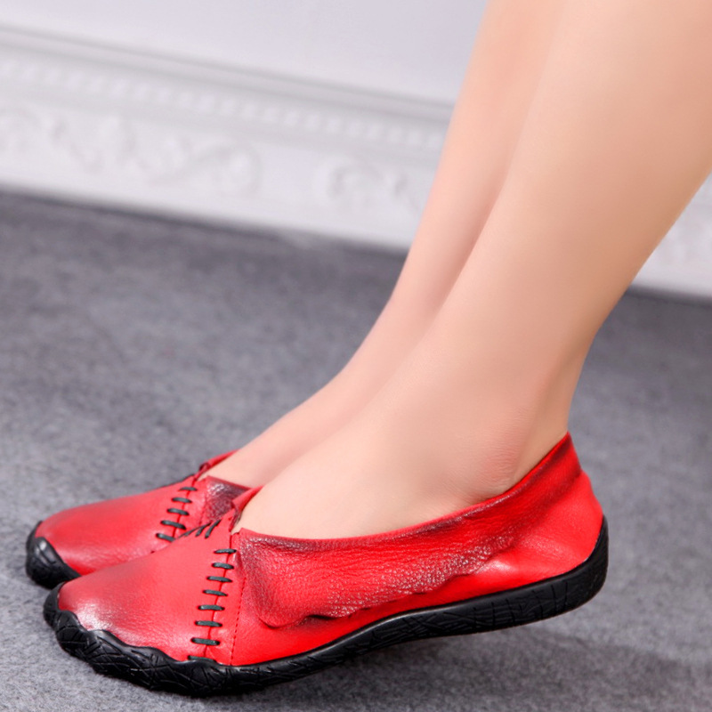 Fashion designer flats womens summer shoes Driving shoes genuine leather Sandals comfortable woman casual outdoor shoes(China (Mainland))