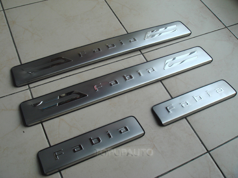 ACCESSORIES FIT FOR 2007~ON SKODA FABIA 5J STAINLESS DOOR SCUFF SILL SILLS PANEL PLATES NEW IN BOX(China (Mainland))