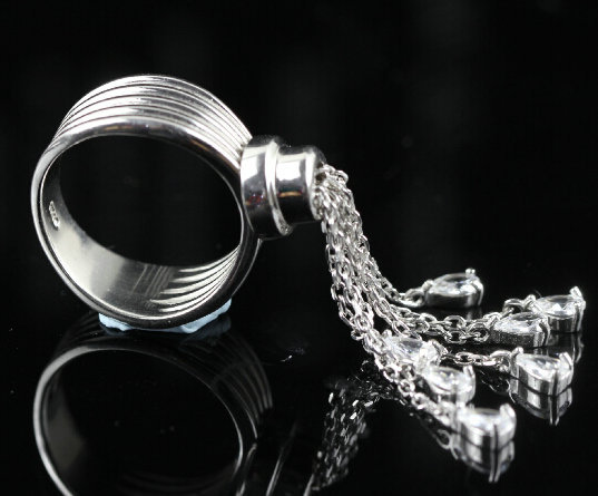 Unique design 2015 promotion Luxury jewelry AAA cubic zircon exaggerated CZ 925 sterling silver tassel finger rings(China (Mainland))