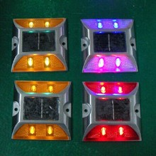 The factory supply of solar road stud casting aluminum reflective spike double color luminous signs(China (Mainland))