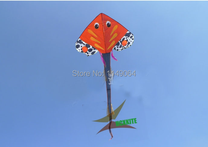 free shipping high quality long tails fish kite with kite line various colors choose children kite ripstop nylon fabric kite(China (Mainland))