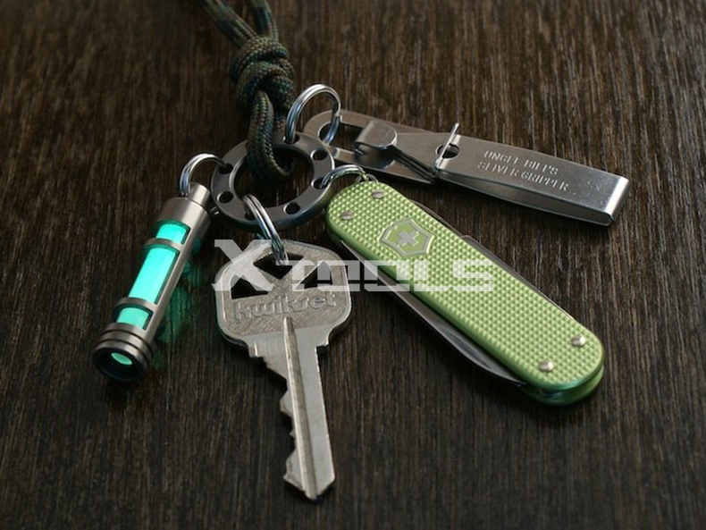 Multi-use EDC Keychain Stainless Steel Outdoor Bag Backpack Climbing Clamp Unique 3 in 1 Keyring Men Camping Survival Equipment(China (Mainland))