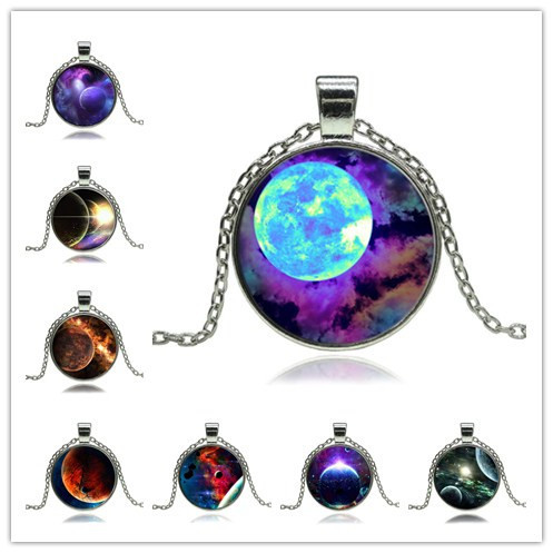 Vintage Galaxy Moon pendant necklace Fashion Glass Cabochon Silver Chain Necklace statement Jewelry(China (Mainland))