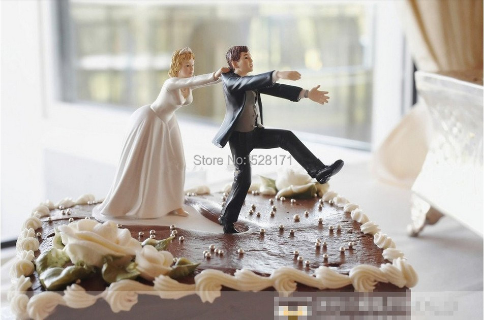 2019 Wholesale New Come Back Bride And Groom Funny Wedding Cake