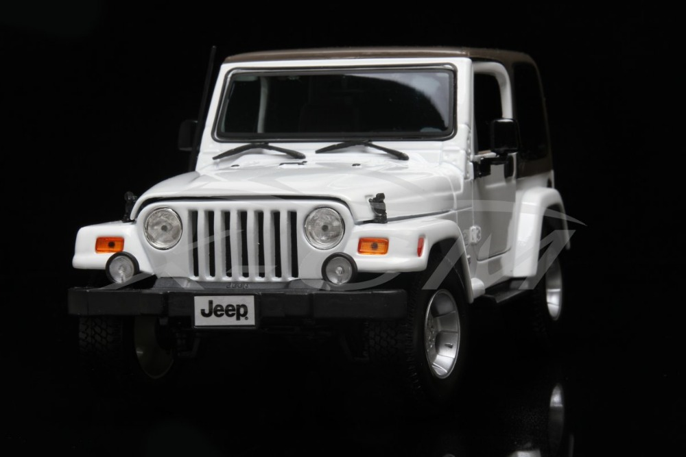 Diecast Car Model Maisto Jeep Wrangler 1:18 (White/Brown) + SMALL GIFT!!!!!!!!!(China (Mainland))