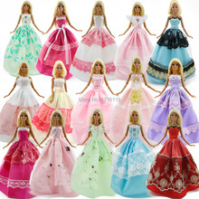 Lot 15 Pcs = 10 Pairs Of Shoes & 5 Wedding Dress Party Gown Princess Cute Outfit Clothes For Barbie Doll Girls' Gift Random Pick(China (Mainland))