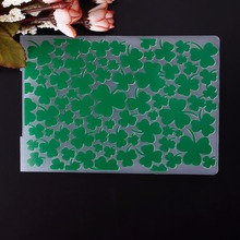 Party Decoration Green Clovers Pattern Plastic Embossing Folder For Scrapbook DIY Album Card Tool Plastic Template #230597(China (Mainland))