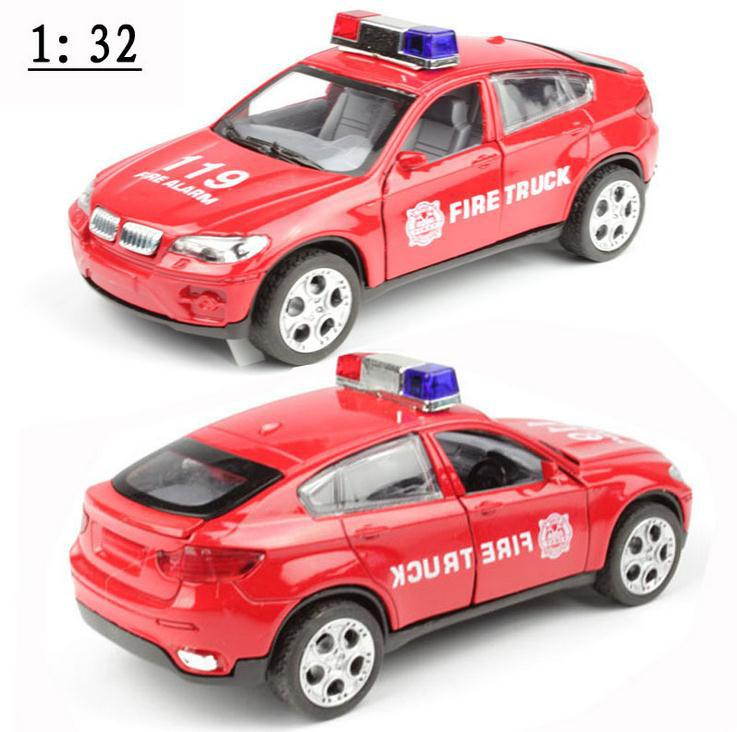 Free shipping!1 :32 alloy pull back Sound and light Police car toy model,super cool Police car model,Children's educational toys(China (Mainland))
