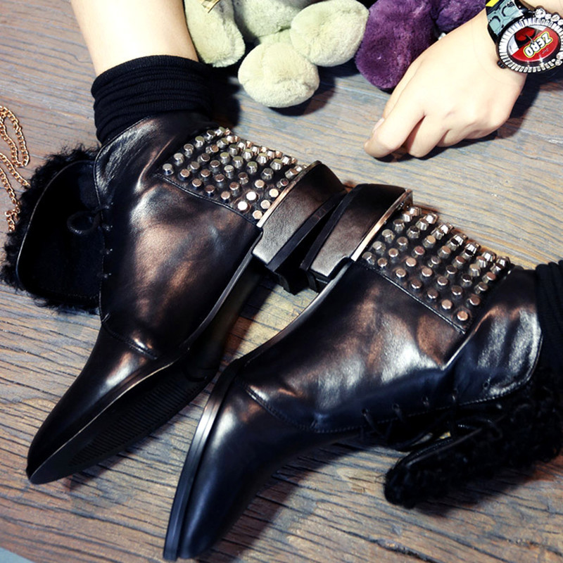 Фотография  Fashion Booties Rivets Genuine Leather Women Boots Gladiator Pointed Toe Flats Style Black Autumn/Winter Boots Shoes Women