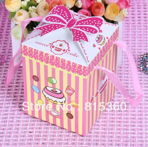 100pcs/lot 2013 New Red Color Favors Candy Boxes For Baby Full Moon Birthday Party Gift Packaging Size 9.5*9.5*12 cm(China (Mainland))