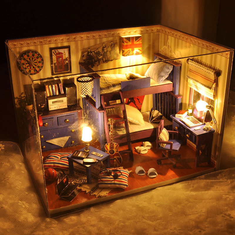 2016 New Home Decoration Crafts Diy Doll House Wooden Houses Miniature Dollhouse Furniture Kit Room Items Led Lights Gift Tw4(China (Mainland))
