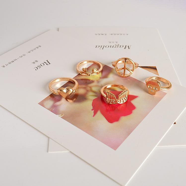 5 PCS Vintage Gold Punk Metal Heart Bowknot Skull Above Knuckle Ring set for Women Leaf Midi Finger Joint Set Ring(China (Mainland))