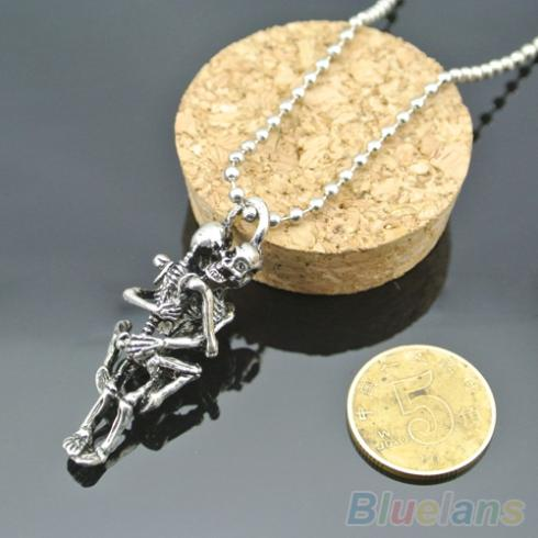 Men Women Infinity Love Necklace Silver Plated Couple Skulls Hug Chain Pendant Necklace 2JIJ(China (Mainland))