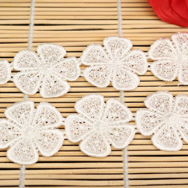 1 Yard Wedding Fashion Decor Polyester 5 Petals Beige Lace Trim Crochet DIY Sewing Embroidered Stretch(China (Mainland))