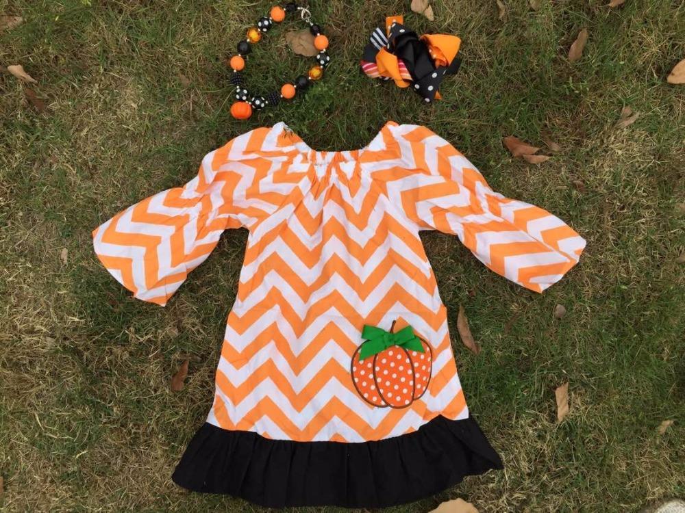 2015 new baby girls Halloween orange chevron pumpkin dress with matching hair bows and necklace set(China (Mainland))