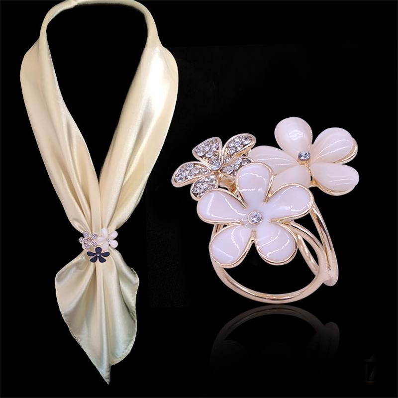 2 Color Chic Three Flowers Three-Ring Crystal Rhinestone Scarf Buckle Gold Channel Pins Butterfly Clasp Scarves Loop Circle(China (Mainland))