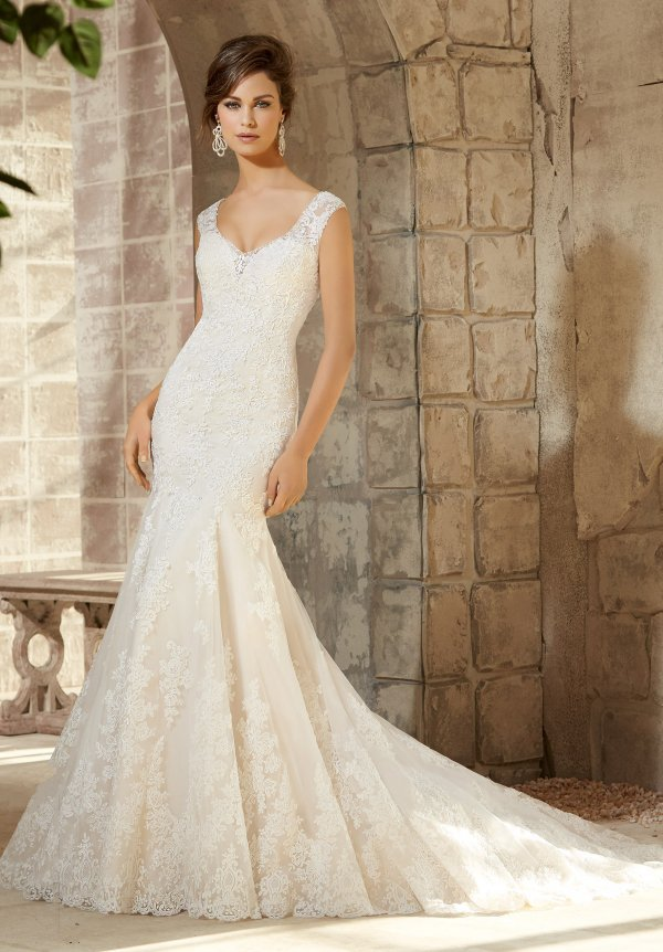 Low Back Lace Wedding Dresses. Royal Ball Gown Strapless Low Back ...