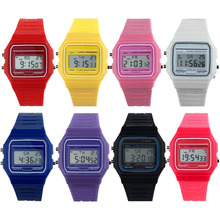 2015 Hot Sale New Arrival Boys Girls Mens New Silicone Rubber Strap Watch Retro Vintage Digital WristWatch