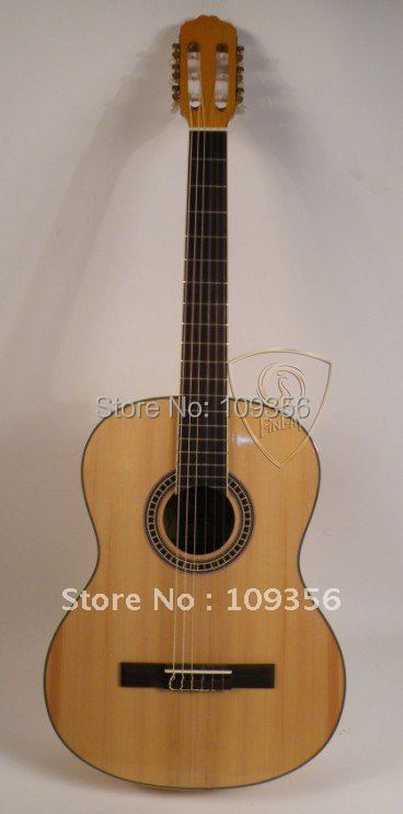 good entry-level 39 inch spruce classic guitar+free guitar accessories(China (Mainland))