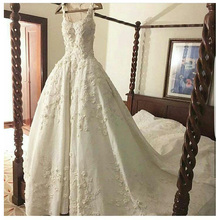 Classic Spaghetti Straps Strapless Appliques Ball Gown Satin Wedding Dresses Chapel Train Floor-Length Long Bridal Gowns(China (Mainland))