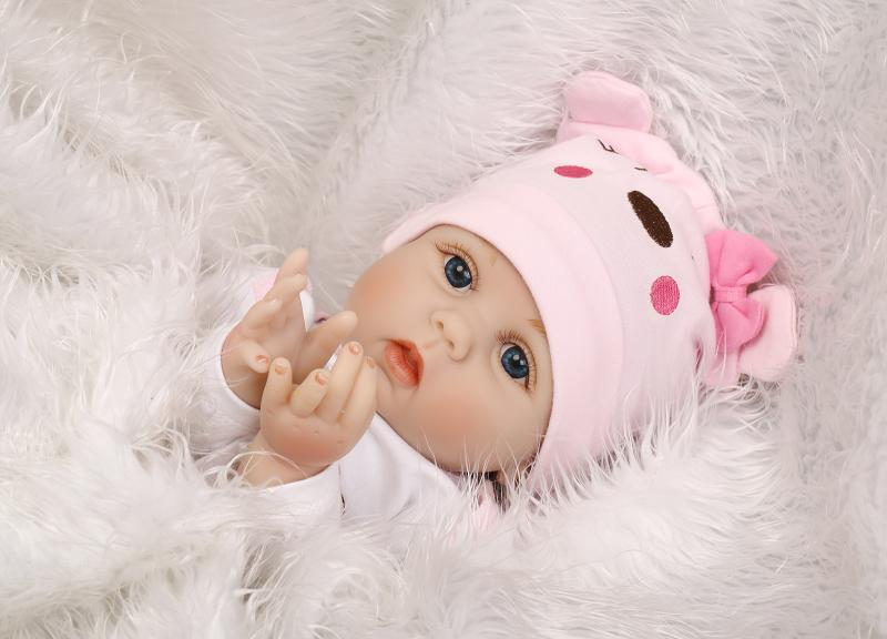 55cm Soft Body Silicone Reborn Baby Doll Toy For Girls NewBorn Girl Baby Birthday Gift To Child Bedtime Early Education Toy(China (Mainland))