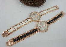 Para mujer de la marca Rhinestone relojes de lujo Crystal Rose Expoxy Band mujeres del reloj para mujer de moda los relojes del cuarzo