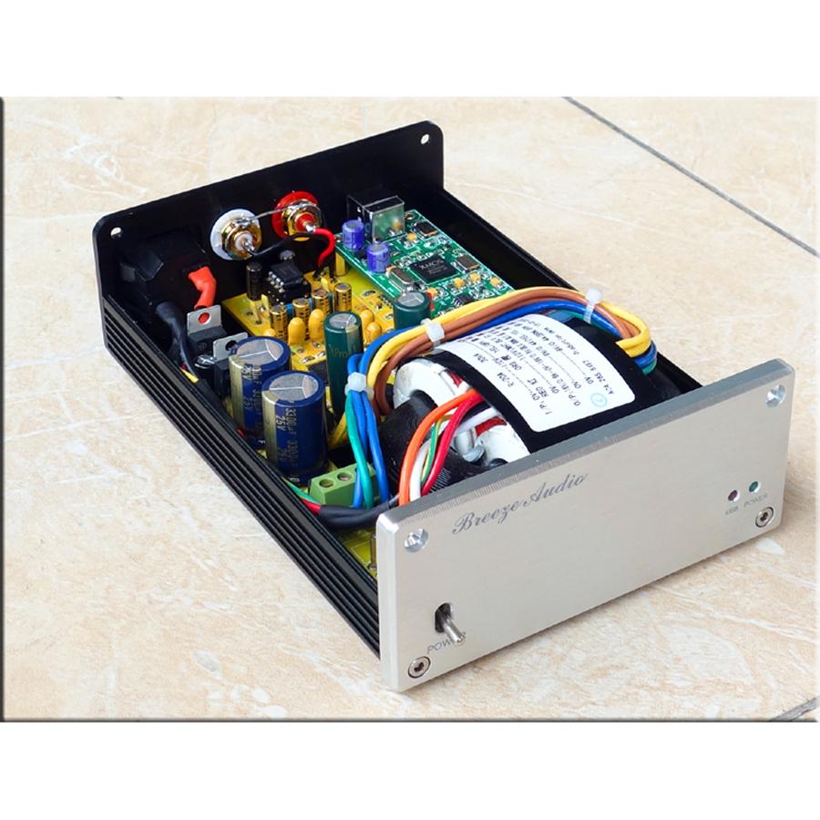 In case 192kH AK4495S XMOS U8 ADuM344x MUS8820 USB decoder RCA and 3.5mm Headphone output DAC 110~230V(China (Mainland))