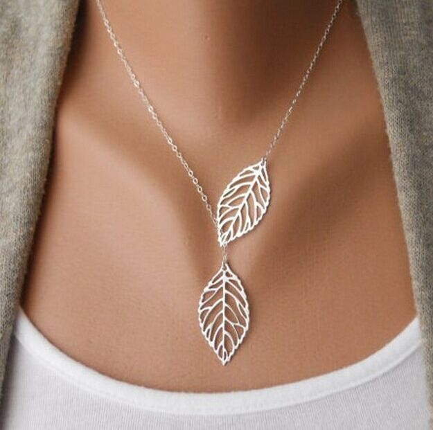 2017 New Vintage Big Leaf Pendant Necklace Clavicle Chain For Women fashion necklace Wedding Event Jewelry(China (Mainland))