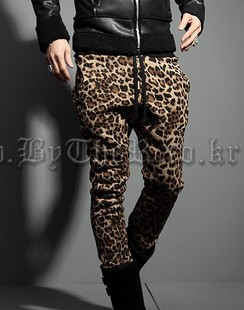 Free Shipping!!! New Hot 2014 mens  plus size long trousers personality handsome leopard print slim casual sports pants/28-40Одежда и ак�е��уары<br><br><br>Aliexpress