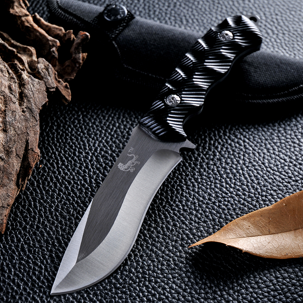 High Quality Hunting Knife Fixed Blade 5CR13MOV Blade Rubber Handle Tactical Survival Tool Outdoor Camping Pocket Knives(China (Mainland))