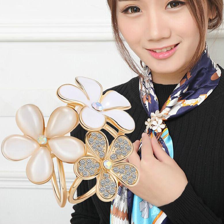2015 New fashion Women flowers shape inlaid Crystal diamond opal Gold-plating Brooches/ Silk scarf jewellery/ Scarf buckle(China (Mainland))