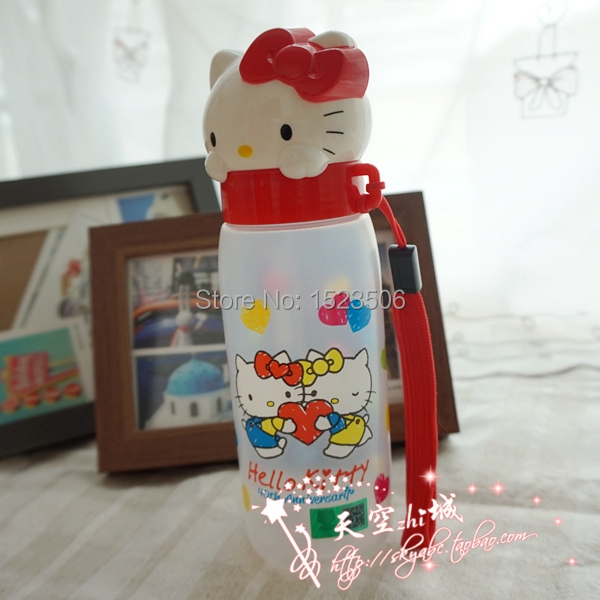 Sanrio lovely hello kitty seal cup with high temperature resistance PP material(China (Mainland))