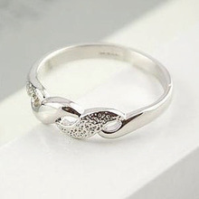 Intended to provoke Attachment white-collar fashion simple geometric piano ring ring female factory direct