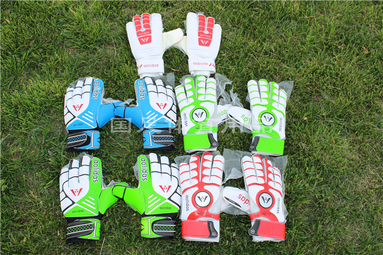 One size clearance high quality football goalkeeper gloves with special hand Beck refers to all(China (Mainland))