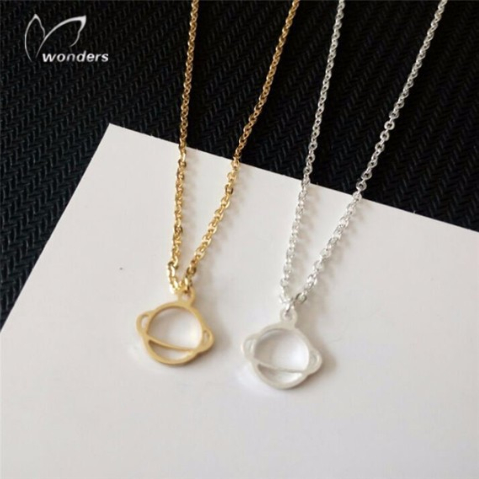 Wholesale Necklace 30Pcs Steampunk Astrology Planet Saturn Necklace Stainless Steel Chain Fashion Jewelry Woman Accessories(China (Mainland))