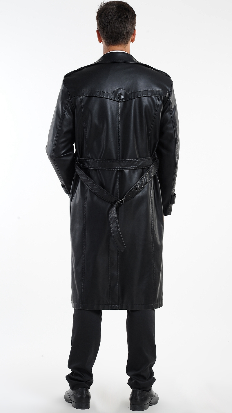 Un look parfait avec votre manteau en cuir pour homme! A l'arrivée des grands froids, le manteau en cuir pour homme s'impose comme une référence pour rester au chaud sans pour autant mettre l'élégance et .