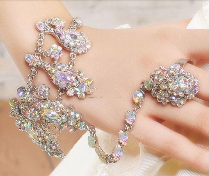 Latest Design Luxury Colorful Rhinestone Bridal Bracelets HandBack Bracelets for Wedding Dress/Veil Jewelry(China (Mainland))