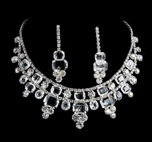 Factory Price!! 2015 Charm Bridal Wedding Rhinestone Necklace+Crystal Dangle Earrings Girl Silver Color Jewelry sets Hot sale!!(China (Mainland))