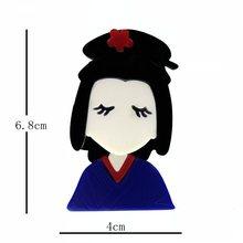 SexeMara Nuovo Disegno Acrilico Ragazza Spilla Per Le Donne di Lusso Del Fumetto Bella Ragazza Spilli Risvolto Distintivi e Simboli Per La Femmina Regalo di Modo Broche(China)