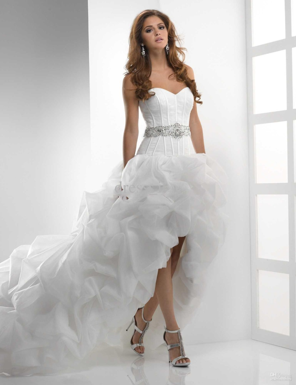 White organza wedding dress best design front short and for Short red and white wedding dresses