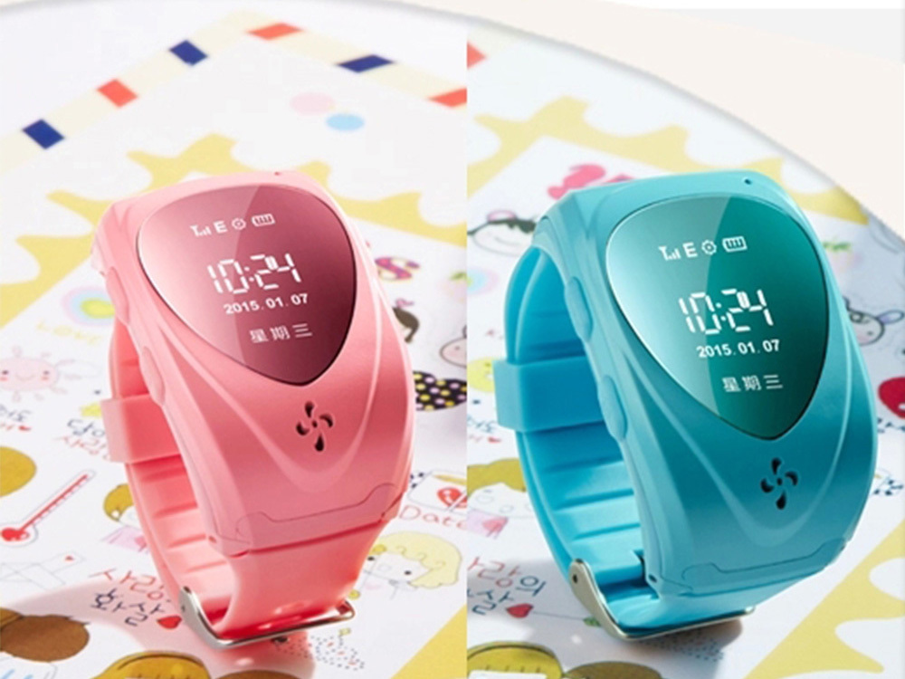Hot saleGPS watch tracker for kids gps bracelet with google map, sos panic button and mobile apps gsm gps locator Free shipping!(China (Mainland))