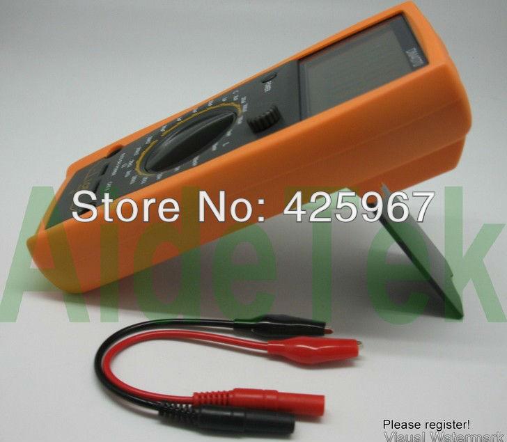 DM4070 LCR meter capacitance 2000uF compared w/ FLUKE(China (Mainland))