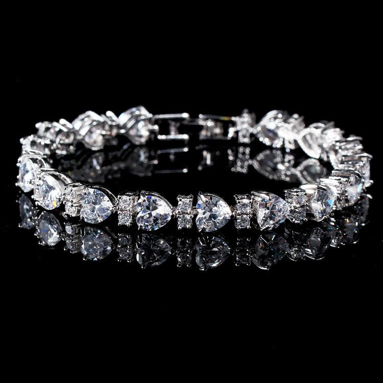 MOONSOUL Love Gift Heart Shaped 18K White gold plated AAA+ Top Quality CZ Diamond Bracelet B10012(China (Mainland))