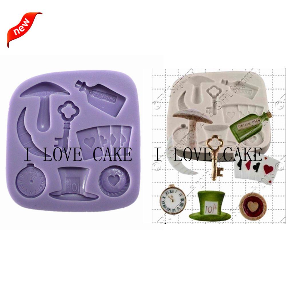 FA835TopperWatchPoker Mushroom Alice In Wonderland Kitchen Accessories