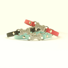 Armi store Whitewater Diamond Princess Dog Cat Collar 41005 Pet Puppy Small Size Dog Grooming Boutique(China (Mainland))